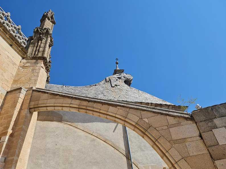 El Gobierno de Castilla-La Mancha aprueba el proyecto presentado por el Ministerio de Cultura para la restauración de la cubierta del transparente de la Catedral de Toledo