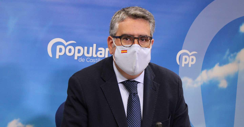 """Rodríguez lamenta la inseguridad jurídica y la improvisación de Page con el sector de la hostelería por sus constantes `bandazos´: """"Hoy dice una cosa y mañana la contraria"""""""