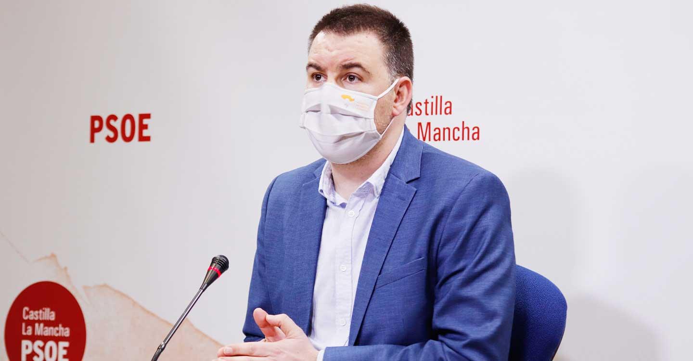 """Sánchez Requena critica la estrategia """"absolutamente irresponsable"""" del PP de Paco Núñez que sigue """"aferrado a su alianza con el virus"""""""