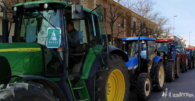 ASAJA CLM y el Gobierno regional buscan una solución a los tractores de dos postes con problemas para pasar la ITV