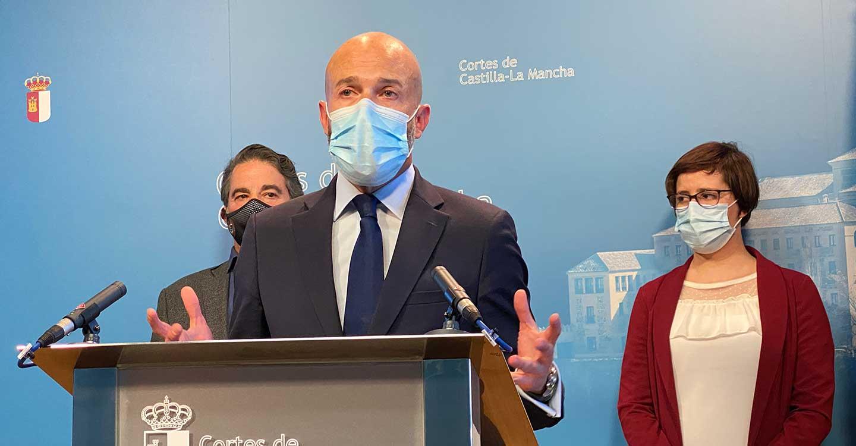 """Zapata : """"El Gobierno de Page no es capaz de encontrar una solución para el paro femenino en C-LM que es el más alto de España"""""""