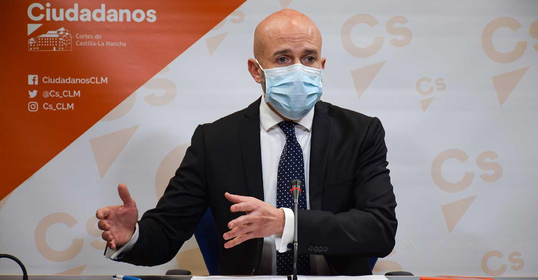 """Zapata (Cs): """"Si el PSOE reparte los Fondos Europeos entre sus socios separatistas como si fueran caramelos, C-LM va a salir muy mal parada"""""""