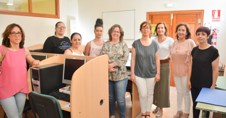 12 mujeres finalizan con éxito un taller de habilidades digitales para el empleo en Tomelloso