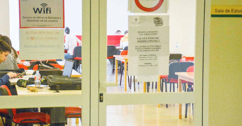 Educación amplia un 20 % la convocatoria de becas a estudiantes