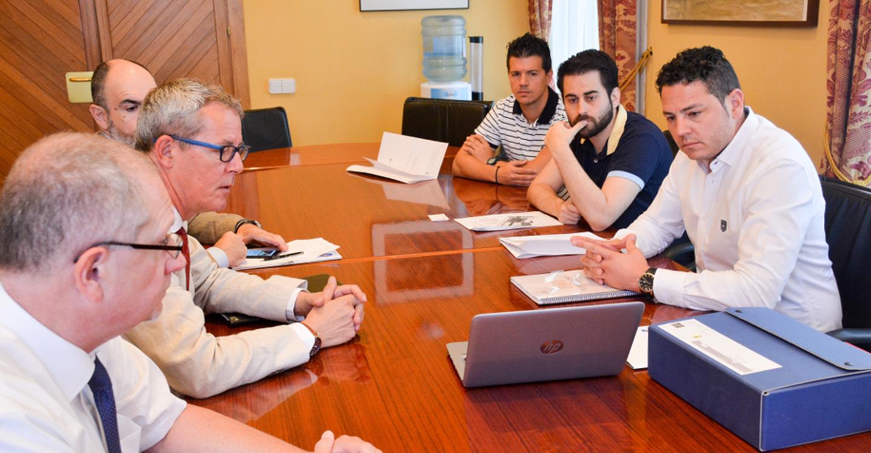 El Ayuntamiento suscita el interés de una importante empresa internacional para instalarse en Tomelloso