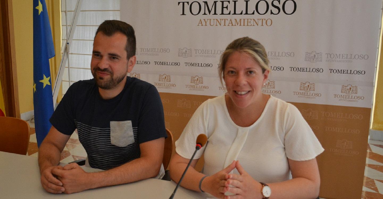 La alcaldesa presenta la amplia y variada programación de 'La Plaza en Feria' que, como novedad, incluye este año Zarzuela