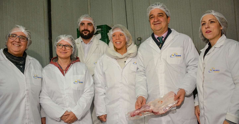 Jiménez felicita a Ovinos Manchegos por su trabajo y su apuesta por el Cordero Manchego de calidad