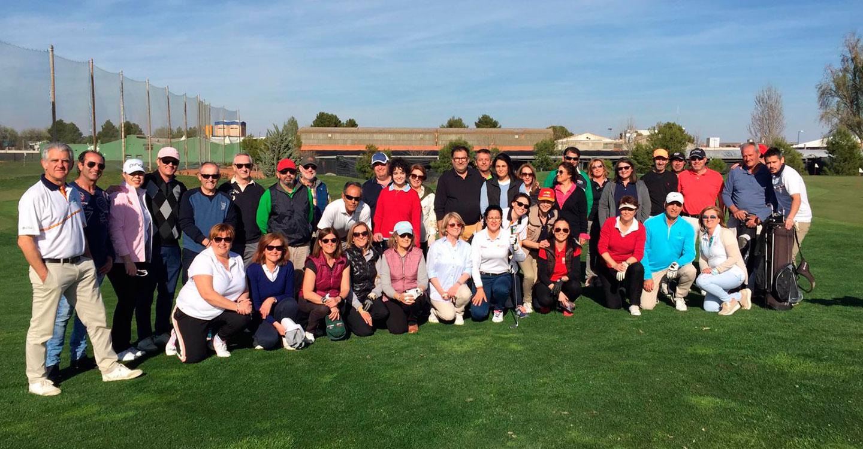 Comienza la Liga mixta de golf organizada por El Hidalgo y el Club de Golf de Tomelloso