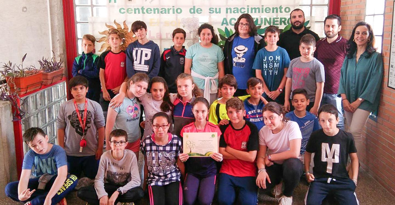 El colegio San José, campeón de la III Liga de recogida de aceite usado