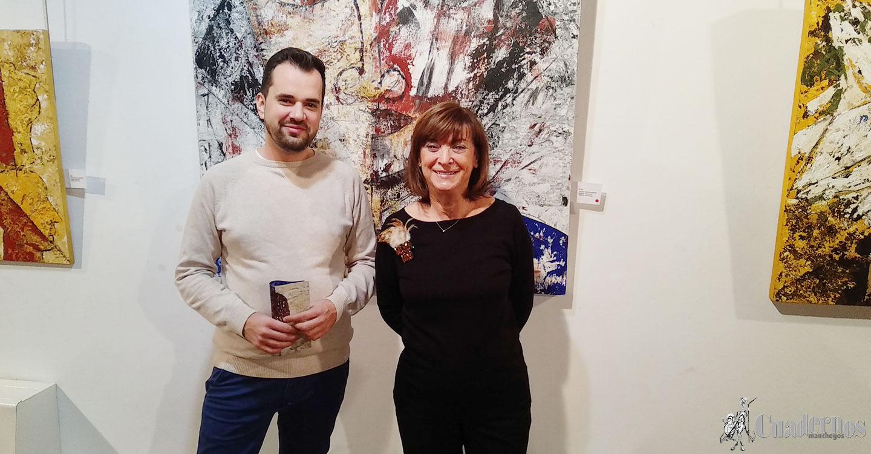 Inaugurada la Exposición de pintura de la tomellosera Carmen Casas