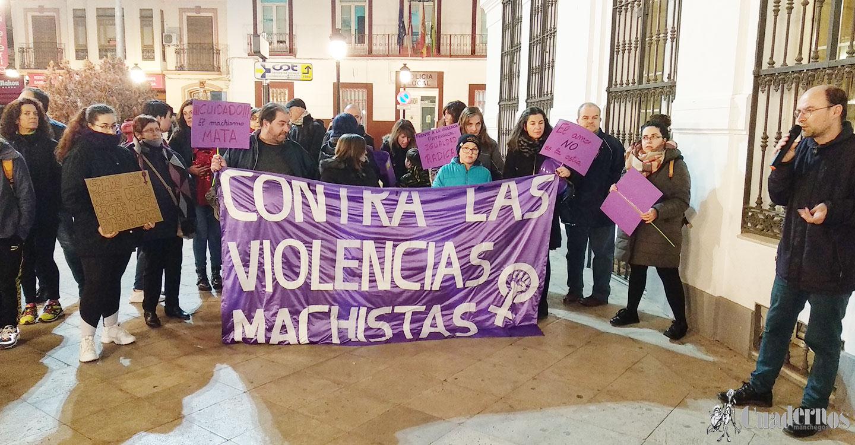 Concentración feminista en apoyo a las mujeres de Andalucía y contra las propuestas de Vox en materia de género