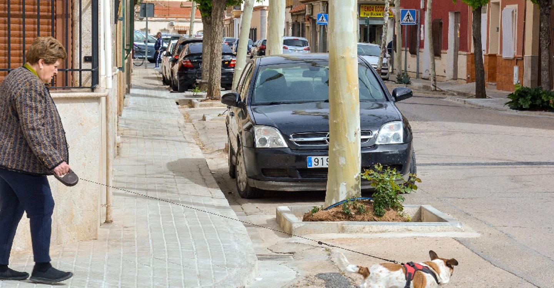 Finaliza un plan de mantenimiento de acerados en barrios
