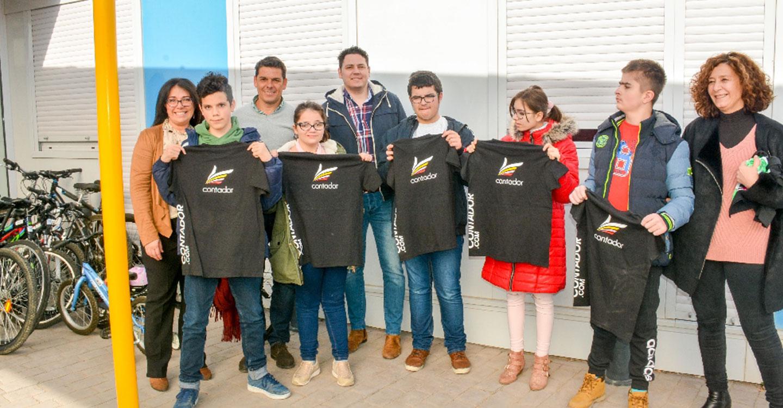 La Fundación Alberto Contador dona 23 bicicletas al Ponce de León