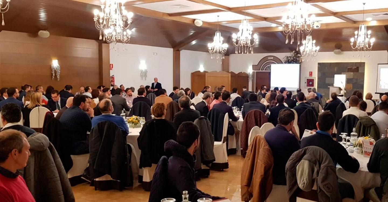Más de 200 empresarios asistieron a la presentación de BNI Líderes en Tomelloso
