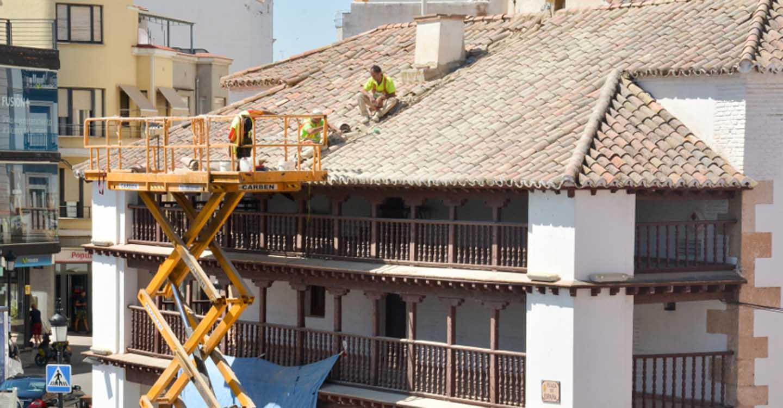 En marcha el Plan de Limpieza en cubiertas y mantenimiento de edificios públicos