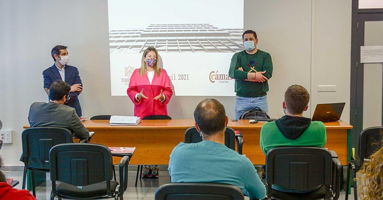 25 alumnos iniciaron ayer el curso de Contratación Pública organizado por la Cámara de Comercio y el Ayuntamiento