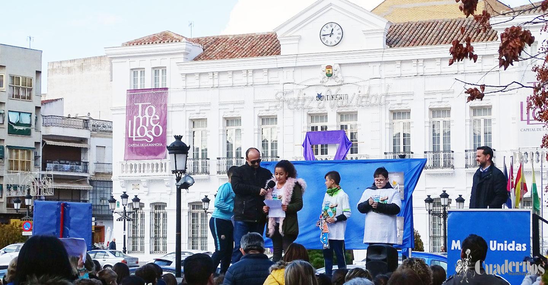 """La luz protagonista de la VI Edición de las """"24 horas de Manos Unidas"""""""