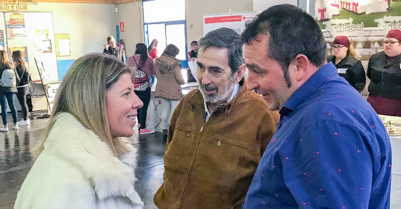 Inmaculada Jiménez visita la I Feria de Empleo y Formación de Cruz Roja