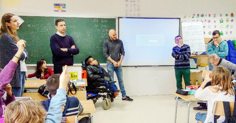 Usuarios de AFAS destierran tópicos sobre la discapacidad en el colegio José María del Moral
