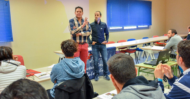 Profesores de toda C-LM se forman en Tomelloso en un curso de educación deportiva