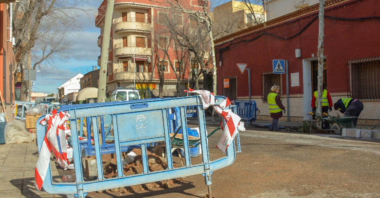 En marcha un proyecto de rehabilitación de acerados en barrios