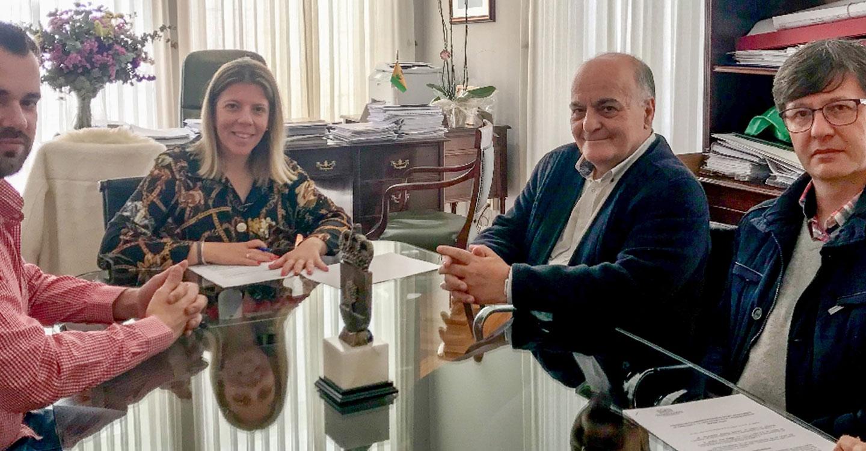 Firmado un convenio de colaboración entre el Ayuntamiento y la Junta de Cofradías de Semana Santa