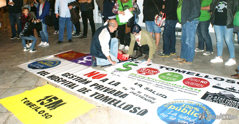 Concentración reivindicativa en la Plaza de España