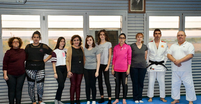 Comienza el curso de defensa personal organizado por el Centro de la Mujer