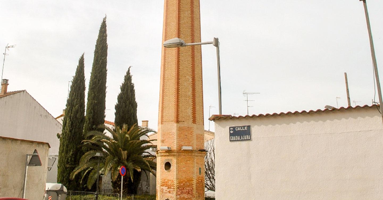 La chimenea de Pedro Domecq tendrá nueva iluminación con motivos ornamentales