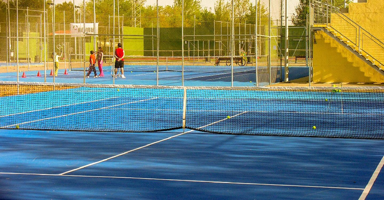 Comienzan los trabajos de rehabilitación de las pistas de tenis de la Ciudad Deportiva
