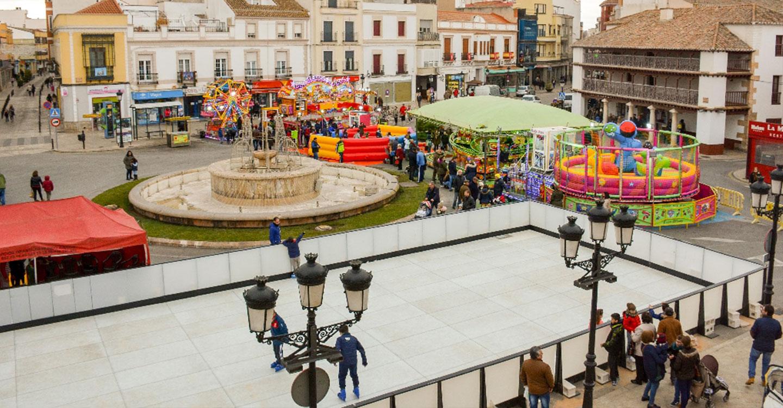 Desde este viernes 30, la plaza de España se cerrará al tráfico con motivo de la instalación de Tomelandia