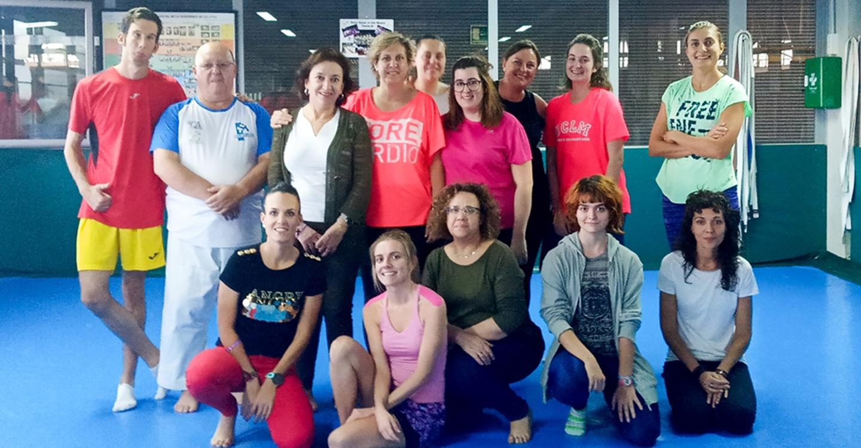 30 mujeres participan en el taller de defensa personal del Centro de la Mujer y el Área de Deporte en la localidad de Tomelloso