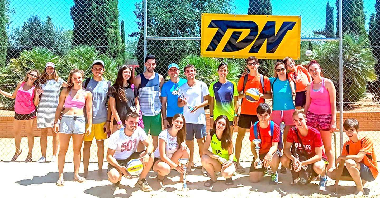 30 Parejas participan en el torneo de Feria de Voley Playa de Tomelloso