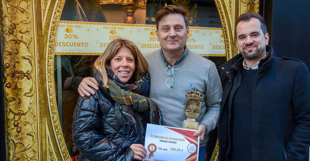 La alcaldesa entrega los premios del VI Concurso de Escaparatismo Navideño
