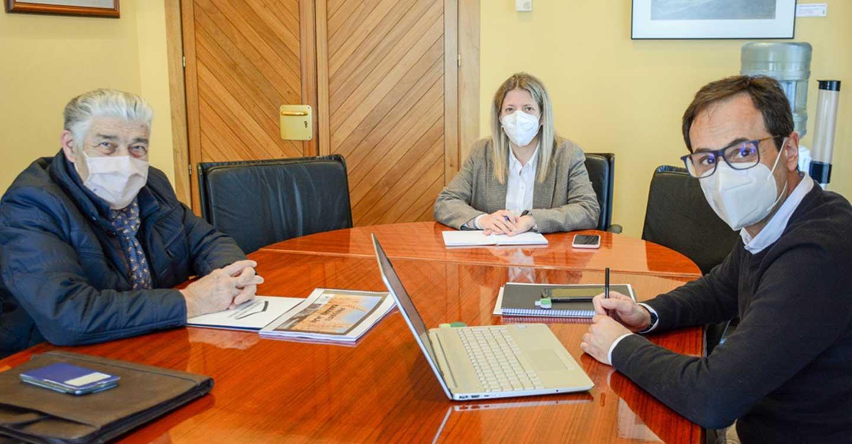 La alcaldesa de Tomelloso se reúne con AFAS para conocer los nuevos proyectos en los que trabaja la entidad