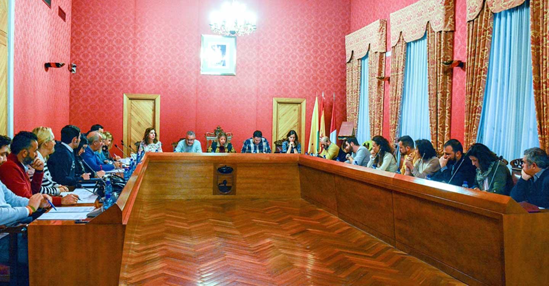 Aprobada una moción para mejorar el transporte público interurbano en Tomelloso