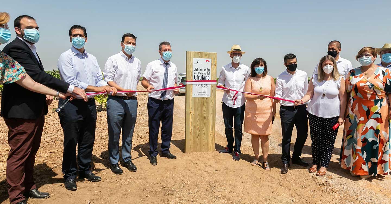 Hoy se ha inaugurado las obras de adecuación del Camino de 'Cirujano', una de las arterias principales del sistema de vertebración agrario de la comarca
