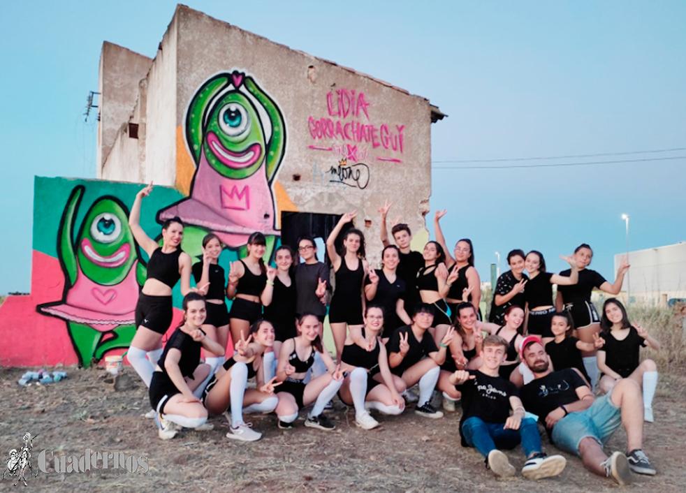 Arte y baile llenan de color y vida algunos de los espacios más emblemáticos de la ciudad de Tomelloso