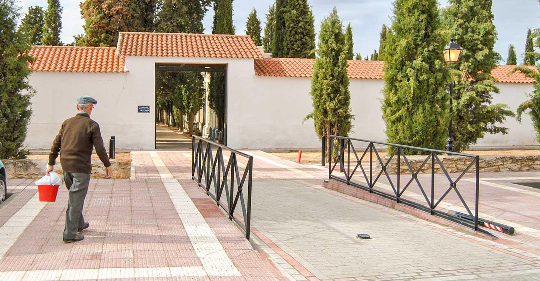 El Ayuntamiento de Tomelloso informa del horario de apertura del Cementerio Municipal