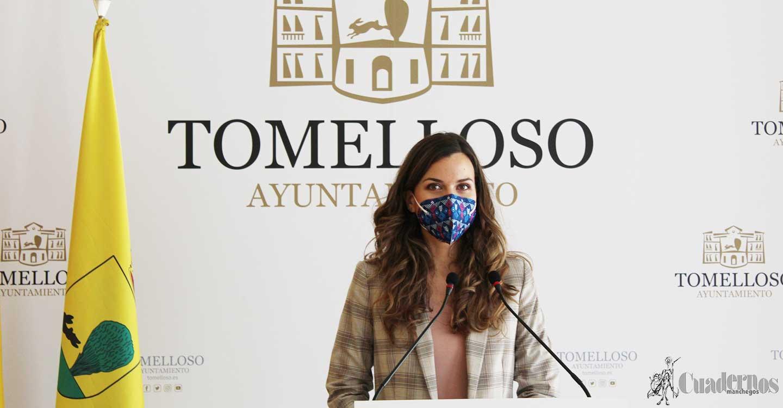 El Ayuntamiento de Tomelloso entrega 136.320 euros a estudiantes en ayudas directas