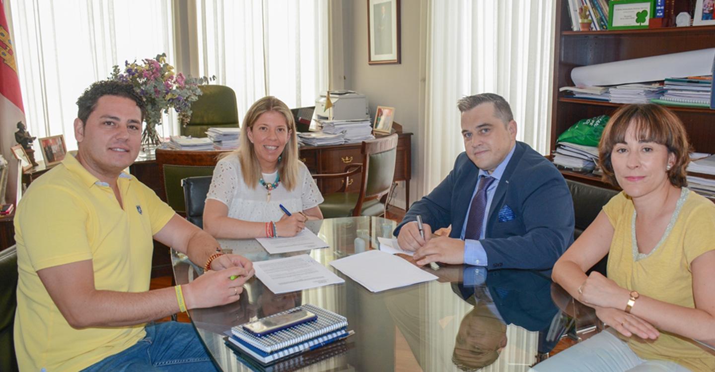 Ayuntamiento de Tomelloso y empresarios firman un convenio de colaboración dotado con 15.000 €