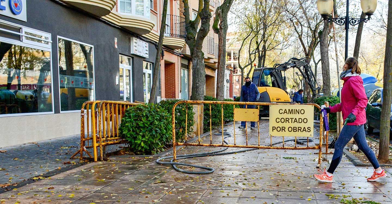 El Ayuntamiento de Tomelloso acomete una segunda fase de renovación de imbornales en Avenida D. Antonio Huertas