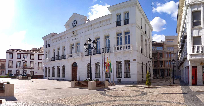 El Ayuntamiento de Tomelloso informa del sistema de atención vía telemática, telefónica y presencial para el ciudadano