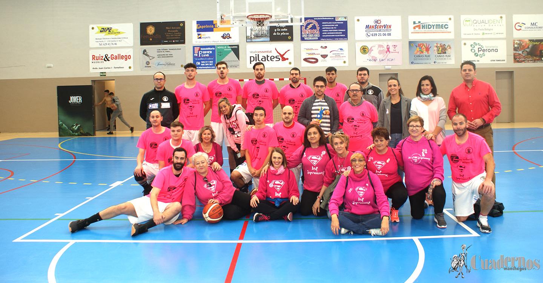 """Doble Jornada de Basket de carácter solidario como celebración posterior al Día Internacional de Lucha contra el Cáncer de Mama, con el lema: """"El día 20 ganamos todos""""."""