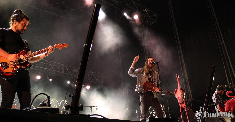Carlos Sadness y el buen rollo de sus canciones inaugura la primera noche de Feria en Tomelloso
