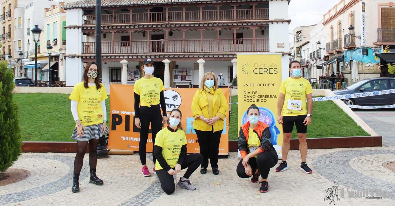 El color amarillo irrumpe en las calles de Tomelloso para la celebración de la I Carrera Virtual Solidaria por el Daño Cerebral Adquirido