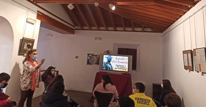 El CEIP Félix Grande de Tomelloso participa en el homenaje a D. Francisco Martínez Ramírez