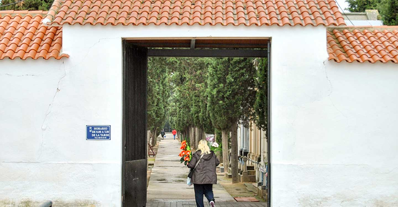 El Cementerio Municipal de Tomelloso reabrirá sus puertas desde hoy martes a las 15´00 h.