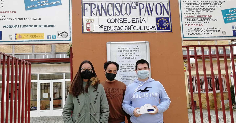 Alumnado de Bachillerato del IES Francisco García-Pavón de Tomelloso diseñan un medidor de CO2