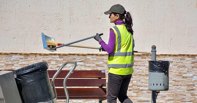 Comienza el Plan Especial de Empleo con varios proyectos de limpieza viaria